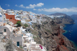 santorini-cliffs